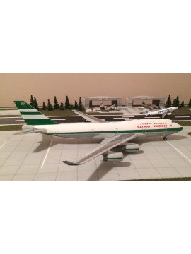 JC WINGS 1:200 CATHAY PACIFIC Boeing 747-400