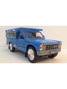 DORJ TOY 1:16 NISSAN JUNIOR PLASTIC MODEL